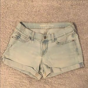 light wash, old navy boyfriend jean shorts